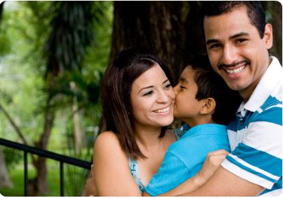 latino-family.jpg